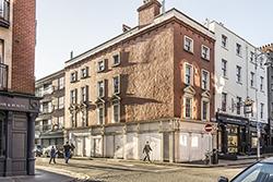1405_BOOKS_Dubliners-Capel-Street_250