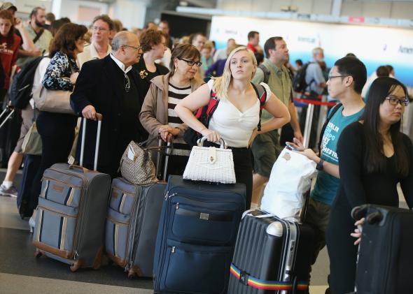 airplane waiting line ile ilgili görsel sonucu
