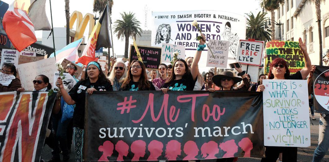 Une manifestation #MeToo en Californie le 10 novembre | Sarah Morris / AFP