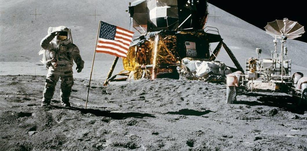 «Le drapeau sur la Lune ne flotte pas»a longtemps été l'argument des conspirationnistes. | Pixabay via Pexels