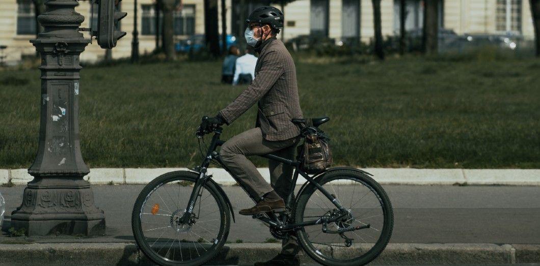 Le vélo est le meilleur allié pour aller travailler durant le confinement. | Thomas de Luzevia Unsplash