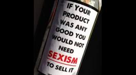 Werbesexismus - Produkte zum Anfassen