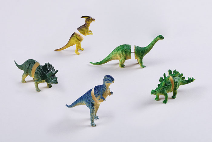 dinosaurs-retro-earrings-ooo-workshop-11