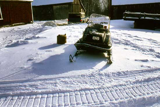 vintage-snowmobile-accident.jpg