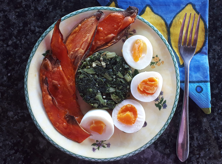 Recipe – Boiled Eggs, Spinach, and Sweet Potato Toast