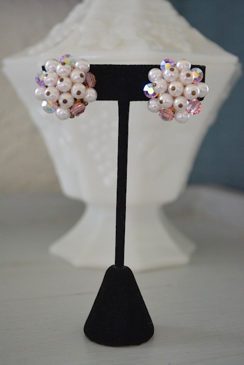 Pearl and Pink Earrings, Vintage Earrings, Pink Swarovski Earrings, Vintage Jewelry, Button Earrings, Clip Earrings, Vintage Clip Earrings