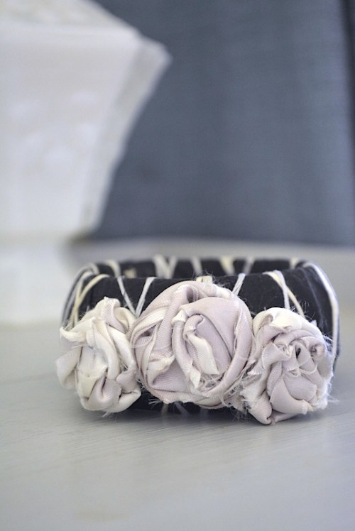 Fabric Flower Bracelet, Flower Bracelet, Bangle Bracelets, Black and White Bracelet, Black Jewelry, Black Bracelet