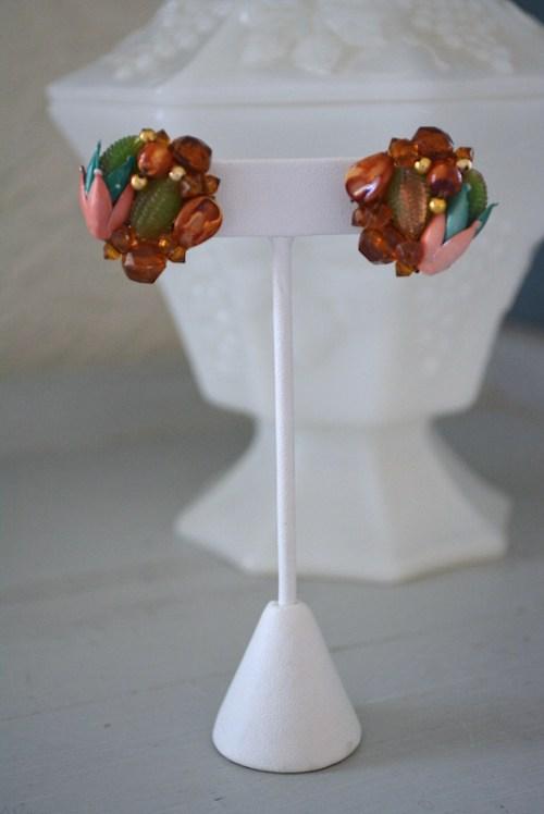 Pink Tulip Earrings, Brown Beaded Earrings, VIntage Earrings, Button Style Earrings, Vintage Jewelry, Hong Kong Vintage Jewelry, Fall Colors, Fall Colors,