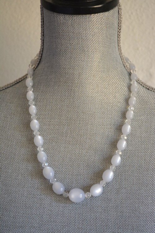 White Moonstone Necklace,White Beaded Necklace,White Necklace,White Jewelry, Moonstone Necklace