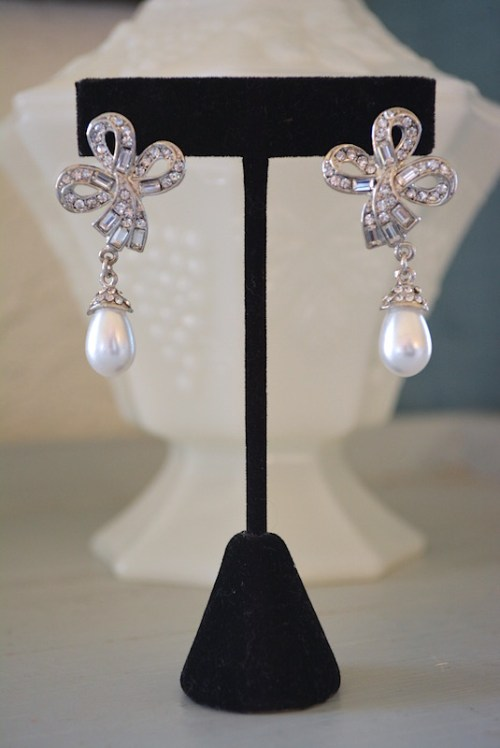 Rhinestone Bow and Pearl Earrings,Bridal Earrings,Rhinestone Earrings, Bow Earrings, Pearl Earrings