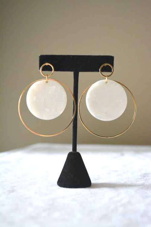 White Shell Earrings, Gold and White Jewelry, White and Gold Jewelry, Shell Jewelry