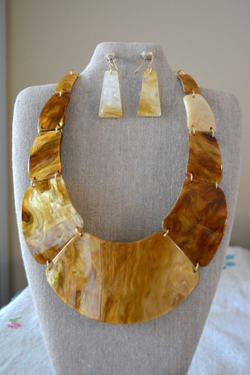 Tortoise Shell Necklace Set, Tortoise Shell Jewelry, Tortoise Shell Necklace and Earrings, Tortoise Shell Jewelry, Necklace and Earrings