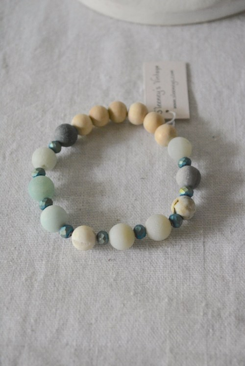 Neutral Stone Bracelet