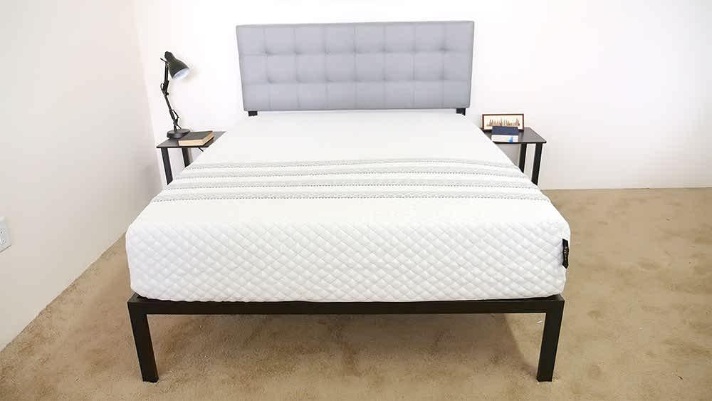 Leesa Sapira Avena Foam layer mattress