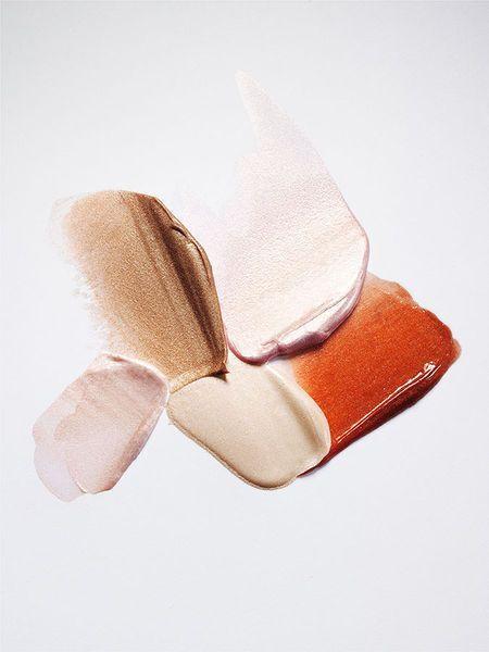 Style : Comment choisir ses pièces fortes et déterminer votre palette de couleurs? Définir vos pièces fortes et votre palette de couleurs vous aidera à améliorer votre style vestimentaire et ainsi avoir une garde-robe efficace. #garderobe #style