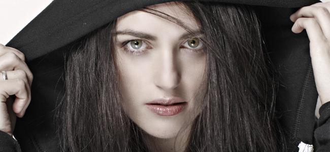 Jessica De Gouw Mina