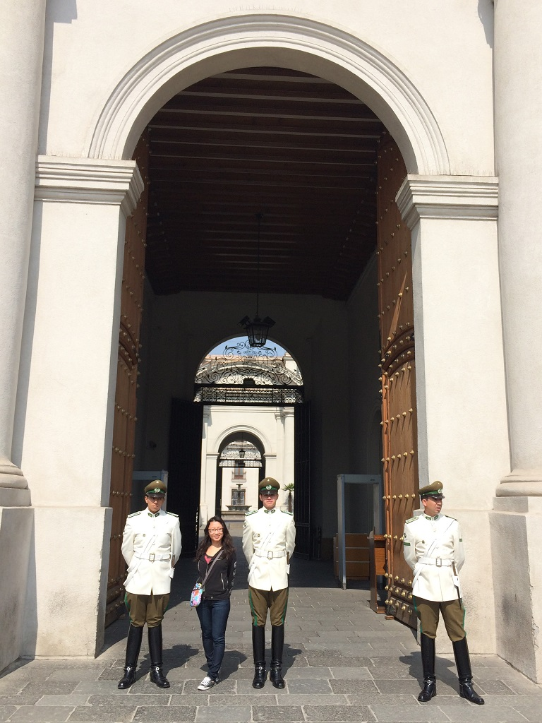 la moneda guards (2)