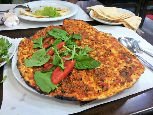 Week 25: back to Istanbul for only one day but we discovered the BEST lahmajoun