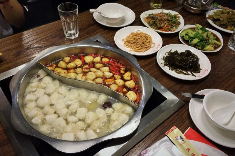 Shanghai hotpot with Tom