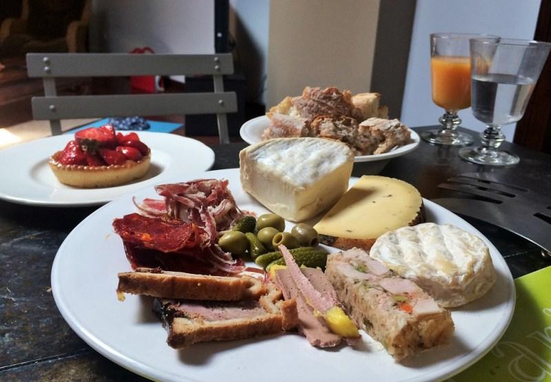 Lyon breakfast