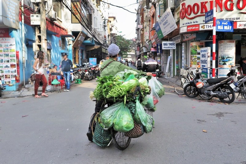 Hanoi veggies bike