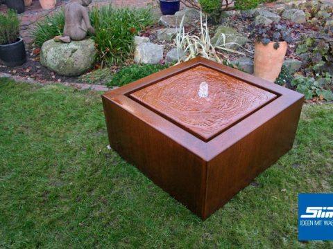 cortenstahl brunnen garten cortenstahlbrunnen cortenstahl-kubus-tisch