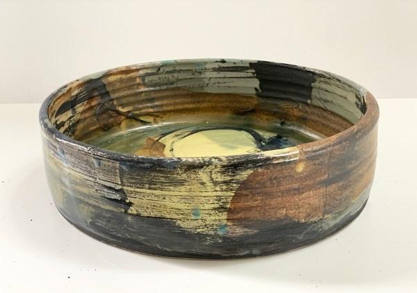 shallow pottery vase
