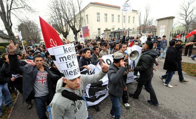 azilanti imigranti prihvatni centri austrija beč