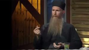 pravoslavni pop monah arsenije kršćanske žene muslimanke