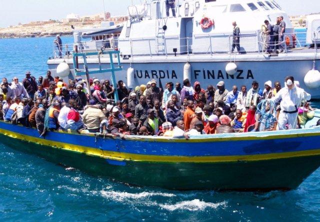 imigranti brod mediteran sredozemlje