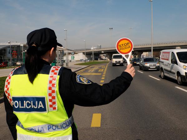 vozači policija