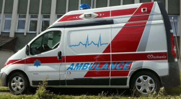"""Деветнаесетгодишник со """"фиат пунто"""" удрил двајца пешаци, тешко повреден маж"""
