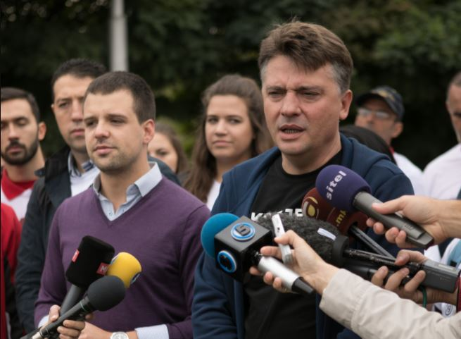 Шилегов во Аеродром: го решаваме проблемот со уличните кучиња, сторителот на грозоморното убиство мора да одговара