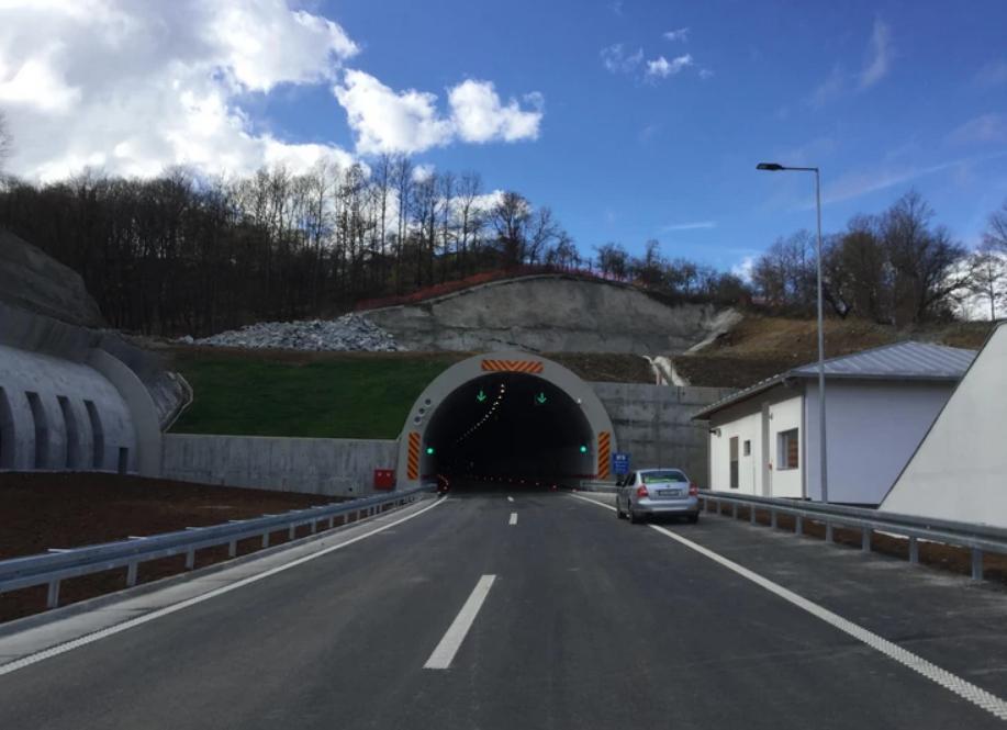 ВНИМАВАЈТЕ: По новиот автопат низ Грделица нема да можете да возите побрзо од 100 км/ч