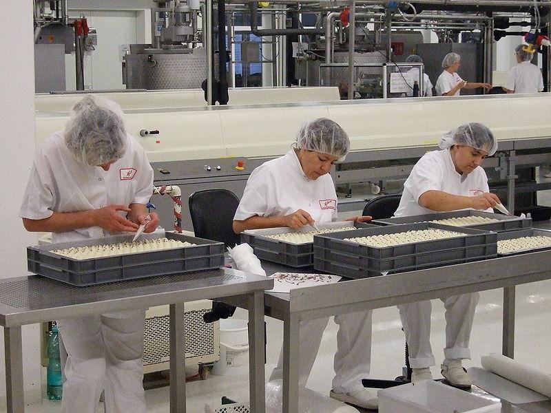 Преработувачката индустрија кубури со квалификувана работна сила