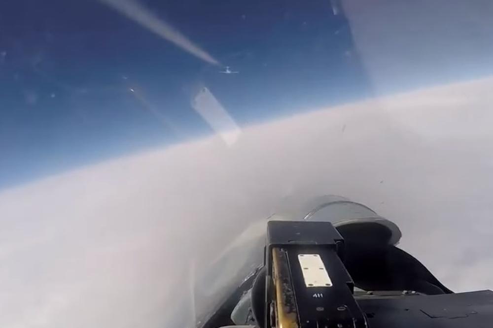 Американски и шведски шпиунски авиони влегоа во рускиот воздушен простор, вака СУХОЈ брзо ги испрати (ВИДЕО)