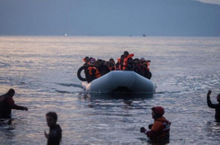 Над 50.000 мигранти и бегалци пристигнале годинава во Грција