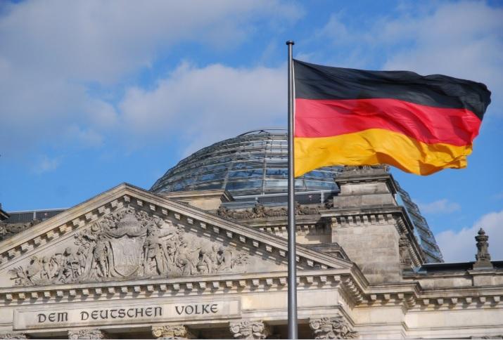 РАСТЕ СТРАВОТ ОД РЕЦЕСИЈА: Германија подготвена да се откаже од буџетските правила