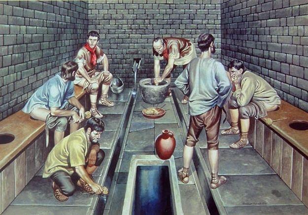 Навиките на СТАРИТЕ РИМЈАНИ: Ги користеле тоалетите за дружење