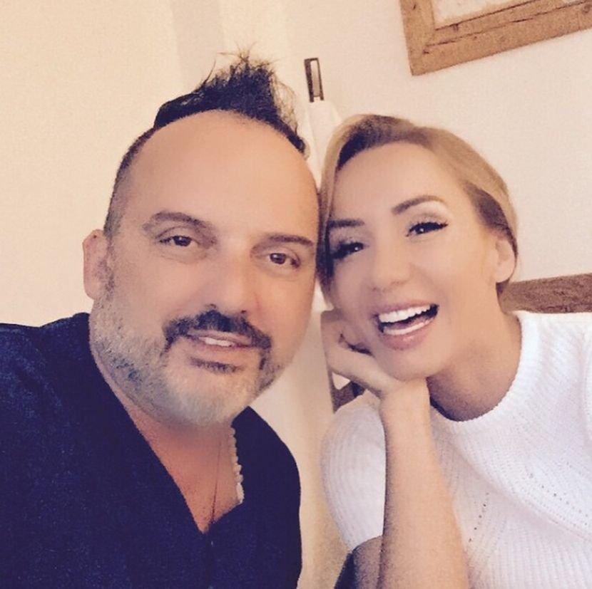 Тони Цетински со емотивна објава за сопругата која пред пет месеци доживеа мозочен удар (ФОТО)