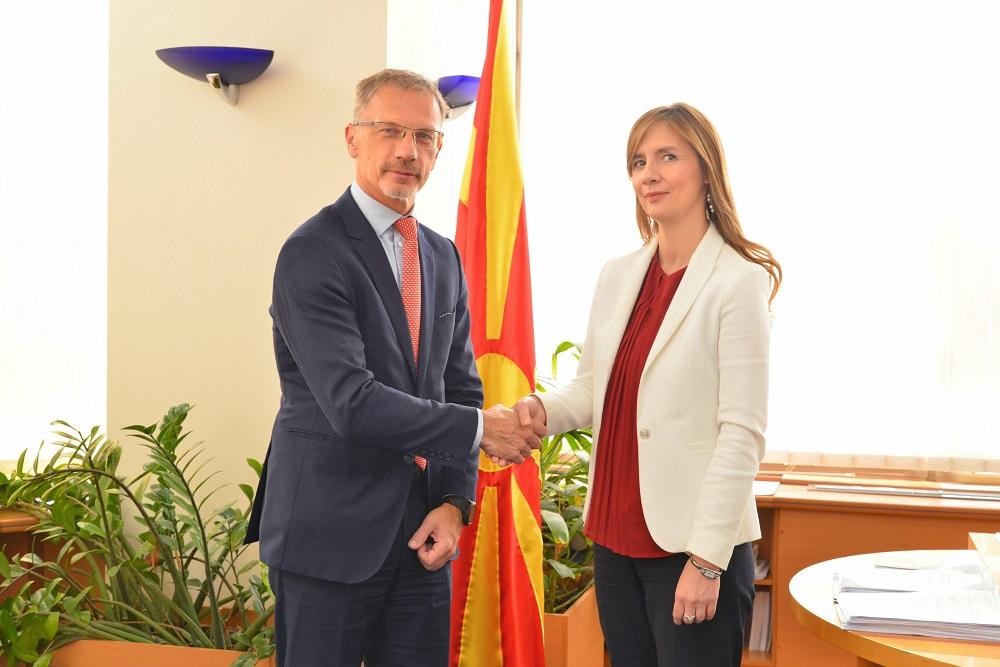 Ангеловска-Бежоска – Вујчиќ: Зајакнувањето на финансиската стабилност на нашиот регион е наш приоритет