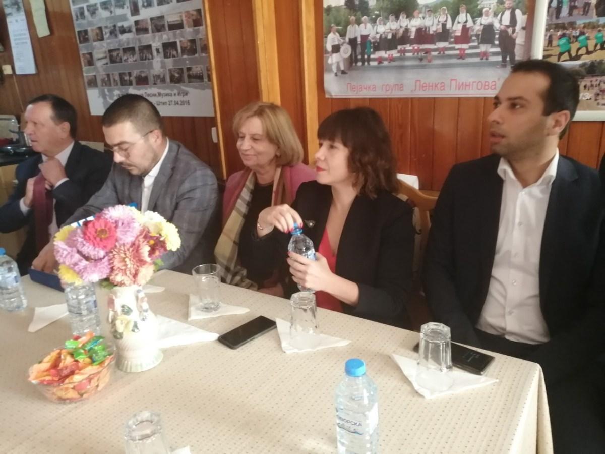 Царовска се сретна со штипските пензионери