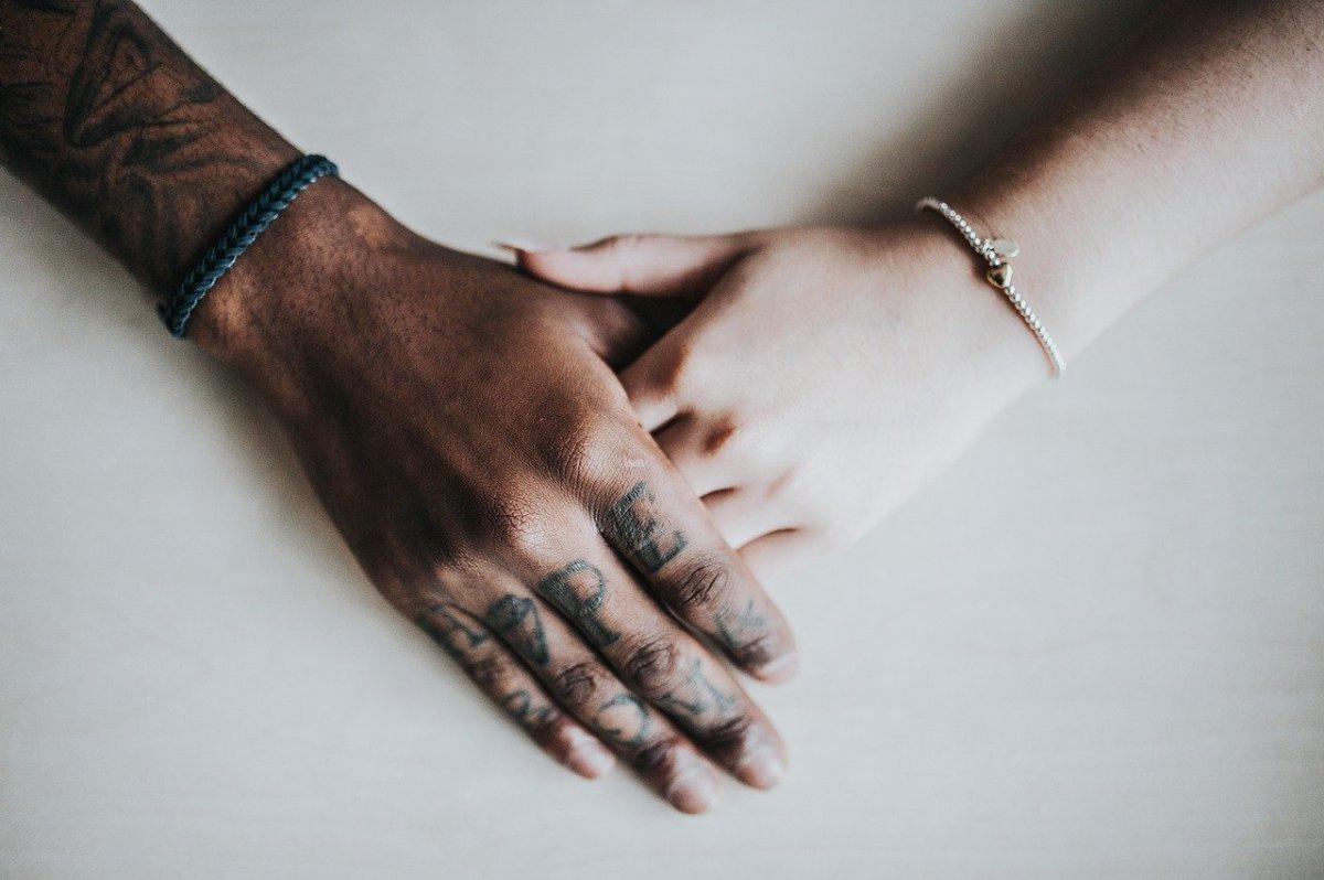ЗАПОМНЕТЕ: Интимноста е поважна од сексот! Еве зошто…