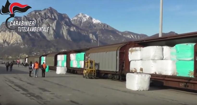Во Италија е запрен воз со 815 тони ѓубре кој патувал за Бугарија