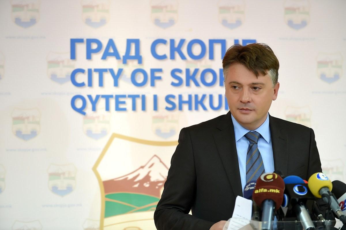 Шилегов: Лажните бездомници од дивите населби нема да добијат бесплатни станови