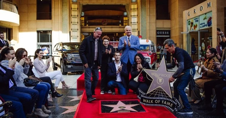 Првиот автомобил кој доби ѕвезда на Булеварот на славните во Холивуд (ФОТО+ВИДЕО)