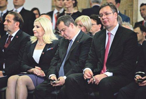 ivica-dacic-zaspao-foto-dragana-udovicic-1466282730-932263