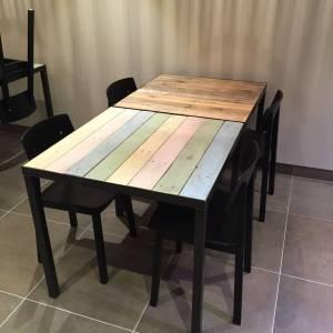 Industriele Tafel Sloophout.Horeca Tafel Color Van Sloophout En Stalen Frame En Onderstel