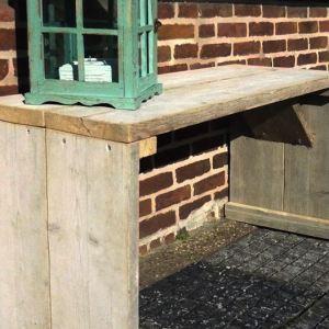 Bankje zonder rug- en armleuningen van steigerhout