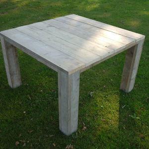 Tafel van steigerhout vierkant